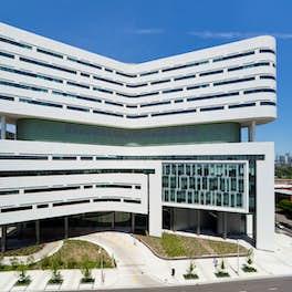 Rush University Medical Centre Chicago, USA, Perkins + Will, © R. R. Gigliotti