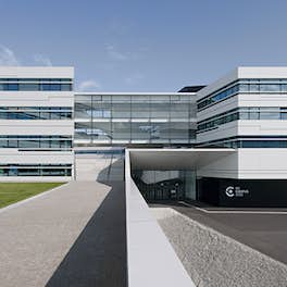 FH Campus Vienna, Austria, <br>Delugan Meissl associated architects, <br>© Herta Hurnaus