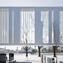 Bestattung Vienna, Austria, <br>Delugan Meissl Associated Architects, <br>© Hertha Hurnaus